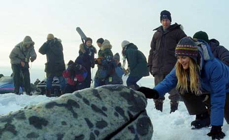 Daily Dose: BIG MIRACLE Trailer